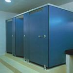 Compartimentari grupuri sanitare HPL de 13 mm
